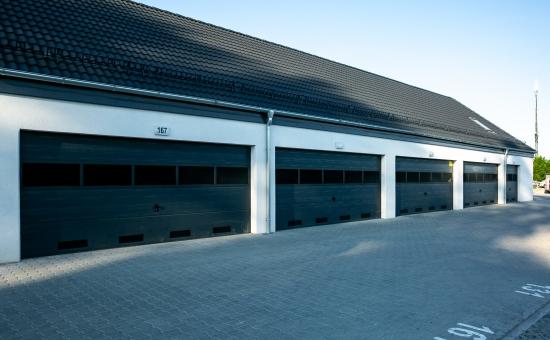 Bramy garażowe - realizacja Makpol