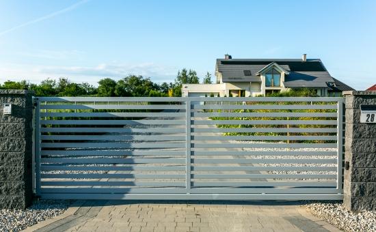 Realizacje ogrodzenia na posesji we Wrocławiu przez firmę Makpol