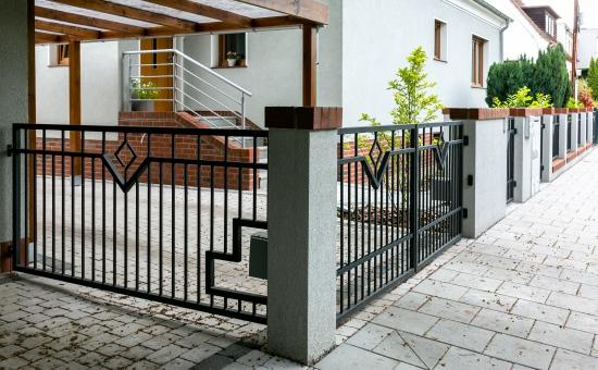 Realizacje ogrodzenia z napędem