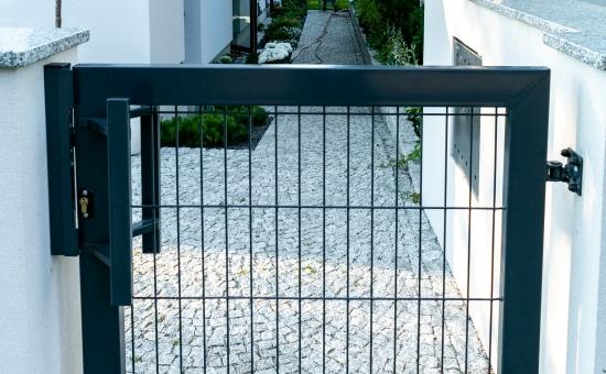 Drzwi ogrodzeniowe